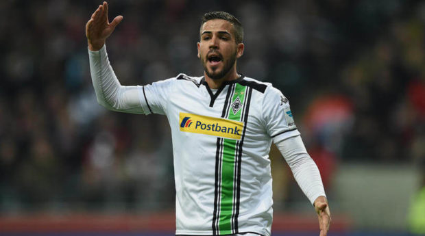 Gladbach's Alvaro Dominguez retires at 27